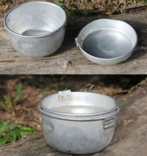 Bulgarian army surplus 2 piece metal mess tin set